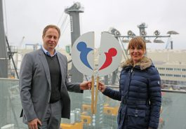 Herr Zimmermann (Personalleiter Liebherr) & Anne Wilde (Welcome Center Region Rostock)